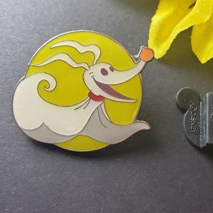 $6 🍁 Disney Jack pin
